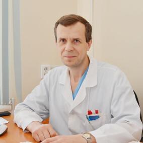Михаевич Леонид Михайлович, хирург