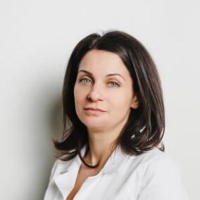 Богданова Анна Сергеевна, стоматолог-терапевт