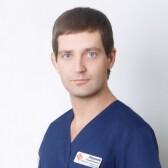 Абрамов Сергей Игоревич, офтальмолог-хирург