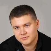 Балев Дмитрий Олегович, стоматолог-хирург
