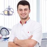 Кущаев Абдурахман Сулейманович, стоматолог-терапевт