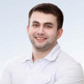 Пшеноков Азамат Олегович, имплантолог