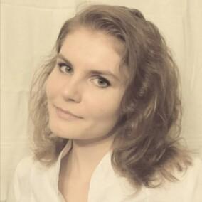 Крыжановская Екатерина Евгеньевна, стоматолог-терапевт