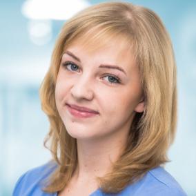 Кутовая Евгения Владимировна, стоматолог-терапевт