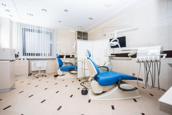 Ювелирная работа, клиника имплантации и стоматологии