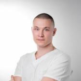 Медведев Даниил Вячеславович, имплантолог
