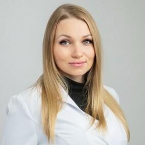 Лучинская Екатерина Сергеевна, стоматолог-терапевт