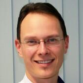 Никитин Михаил Александрович, стоматолог-терапевт