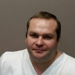 Пригородов Николай Викторович, стоматолог-терапевт