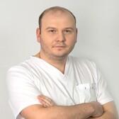 Бедретдинов Ринат Мансурович, стоматолог-хирург