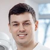 Фадеев Николай Викторович, стоматолог-терапевт