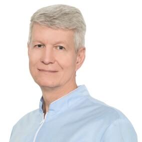 Марков Олег Валентинович, стоматолог-терапевт