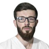 Магомедов Ислам Магомедгаджиевич, стоматолог-терапевт