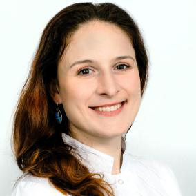 Алимова (Тупикина) Оксана Викторовна, стоматолог-терапевт