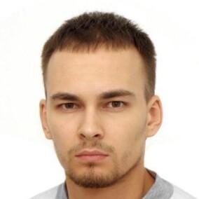 Никифоров Илья Алексеевич, стоматолог-терапевт