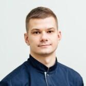 Карпов Никита Евгеньевич, стоматолог-хирург