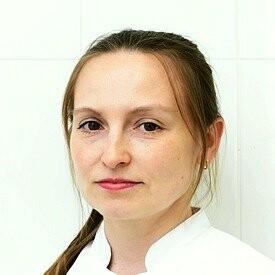 Петухова Юлия Евгеньевна, стоматолог-терапевт