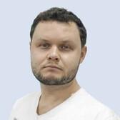 Усатов Дмитрий Андреевич, стоматолог-хирург
