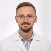 Олейник Антон Владимирович, онколог