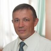 Валиуллин Нияз Закариевич, хирург