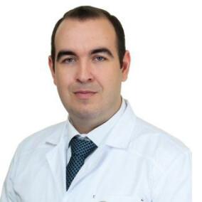 Боровых Алексей Михайлович, стоматолог-терапевт
