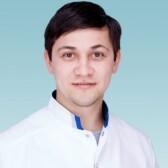Айнидинов Дамир Рашидович, педиатр