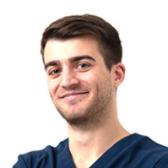 Лалаев Турал Гюндузович, стоматолог-хирург