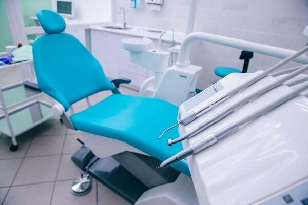 Один к одному, клиника ортодонтии и имплантации