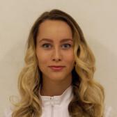 Смирных Алина Андреевна, стоматолог-терапевт