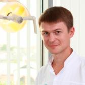 Ковалев Дмитрий Александрович, стоматолог-хирург