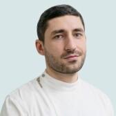 Магомедов Джамалутдин Зубайруевич, стоматолог-хирург