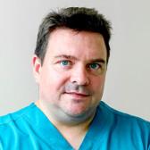 Овчинников Александр Васильевич, стоматолог-терапевт