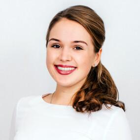 Грыцив Эвелина Игоревна, стоматолог-терапевт