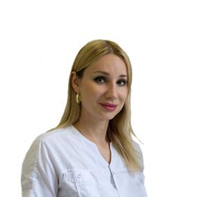 Бородина Анна Васильевна, стоматолог-терапевт
