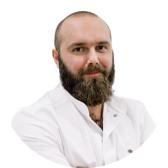 Михайлов Тимур Олегович, стоматолог-хирург