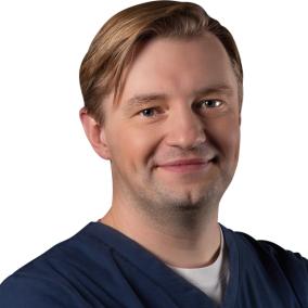 Шитиков Александр Александрович, стоматолог-хирург