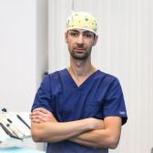 Осман Борис Мустафьевич, имплантолог