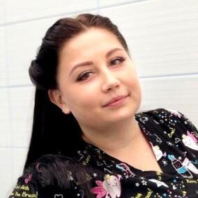 Еващенкова Марина Дмитриевна, стоматолог-терапевт