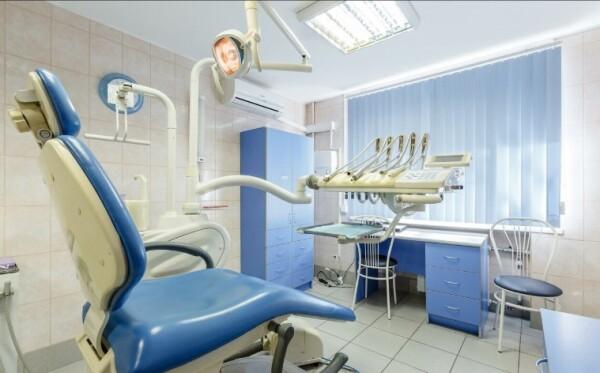 Стоматология Добрые руки на Дыбенко
