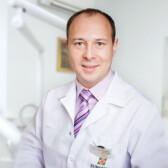 Красильников Дмитрий Евгеньевич, хирург