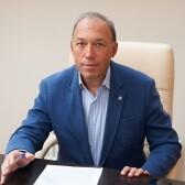 Тахтаев Юрий Викторович, офтальмолог-хирург