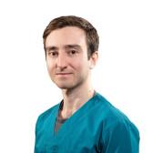 Осипов Георгий Сергеевич, стоматолог-терапевт
