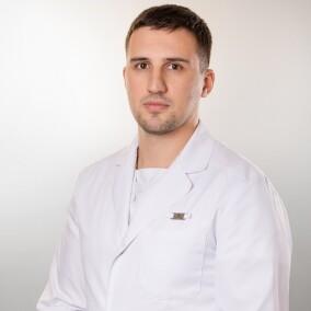 Кадиев Арсен Аланович, стоматолог-терапевт
