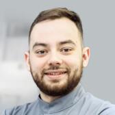 Тамазов Игорь Дмитриевич, стоматолог-хирург
