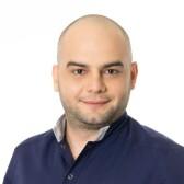 Исламов Нарзан Николаевич, стоматолог-хирург