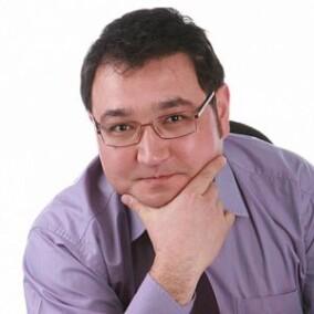 Бакирханов Сарвар Казимович, пластический хирург