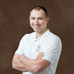 Каличава Александр Неронович, стоматолог-хирург