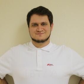 Карпов Евгений Александрович, стоматолог-хирург