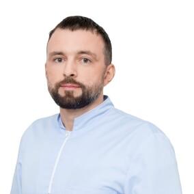 Вершинский Виталий Валерьевич, стоматолог-хирург