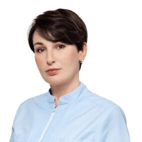 Бердникова Инна Павловна, стоматолог-терапевт